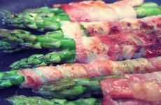 Grüner Spargel: kochen beim Segeln