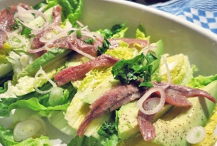 Anchovis auf Salat, was kochen beim Segeln?
