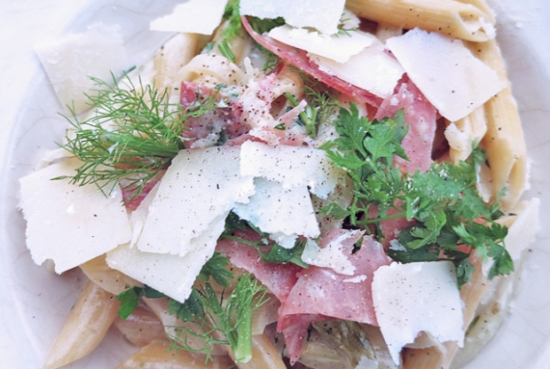 One-Pot Pasta mit Fenchel Rezept für Segeln Camping Kombüse