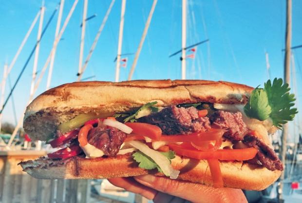 Banh Mi Hot Dog Seglerküche, Rezept Segeln und Camping