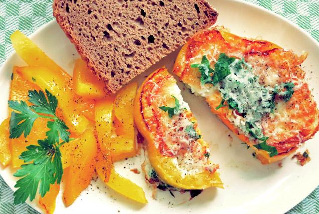 Gebratene fr hst cks eier mit paprika morgens der - Eier platzen beim kochen ...