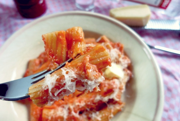 Was kochen beim Segeln? Mediterrane Bordküche & Kombüse