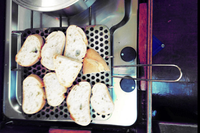 Was kochen beim Segeln? Kombüse und Camping