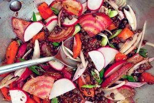 Bordküche: Beluga Linsensalat vermischt
