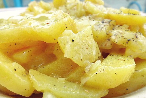 Kartoffelsalat super simpel Zwiebel Senf Essig Öl