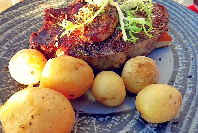 Brasserie Svanen Middelfart Steak und Gänseleber
