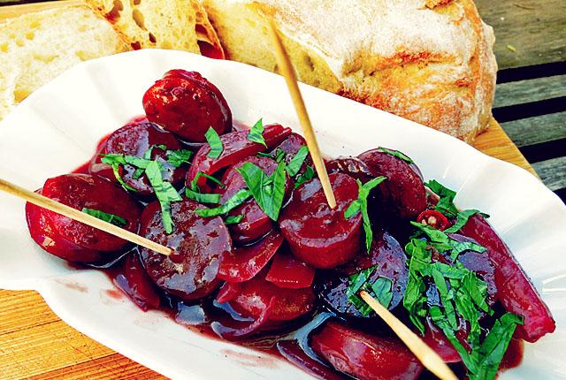 Kochen an Bord: Chorizo en tinto Tapa