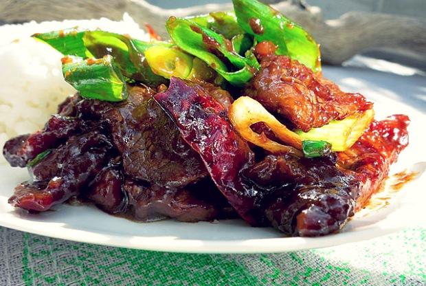Bordküche: Mongolisches Beef mit Frühlingszwiebeln
