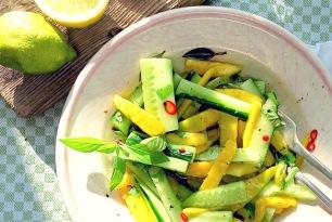 Bordküche Asiatischer Mangosalat mit Gurke