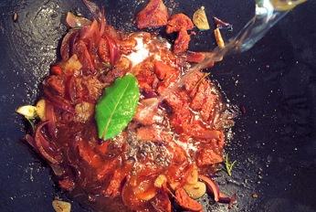 Bordküche: Miesmuscheln Sud mit Chorizo