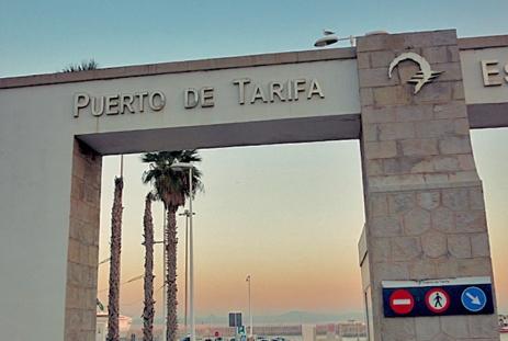 Puerto de Tarifa, Gateway to Marokko