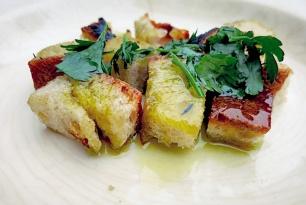 Brot für Ribollita Bordrezept anbraten