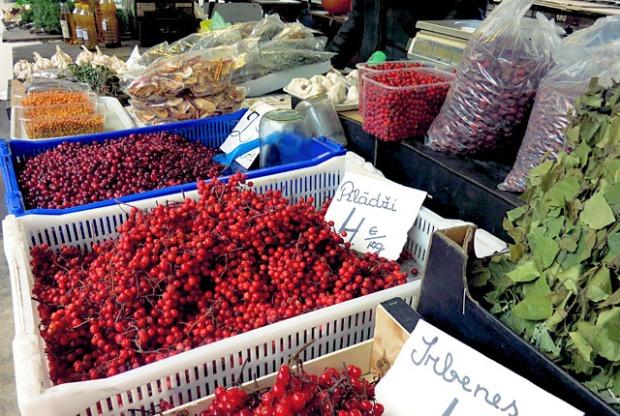 Vogelbeeren, Moltebeeren, Cranberry Riga Markt