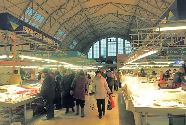 Fischhalle Markt in Riga Eingang