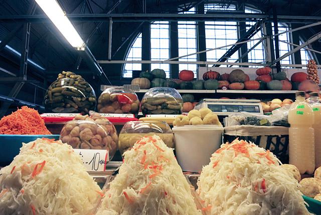 Kraut und Kürbisse im Zentralmarkt von Riga