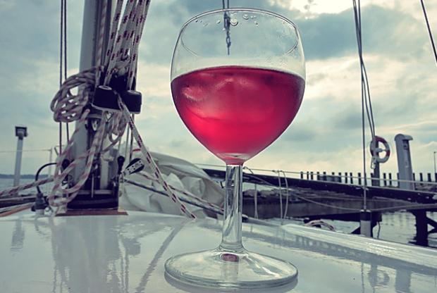 Essen und trinken an Bord. Segel-Blog. Die See kocht