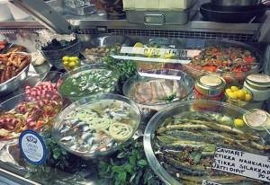 Fisch-Delikatessen Kaupahalli in Helsinki