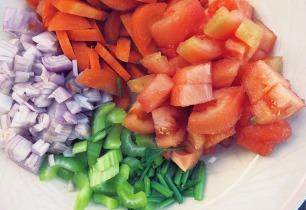 Gemüse geschnitten von die See kocht