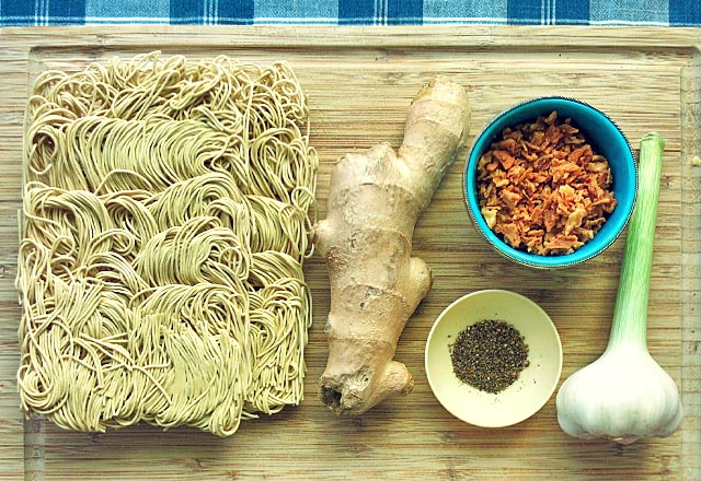 Die See kocht indonesisch Bami Goreng Zutaten