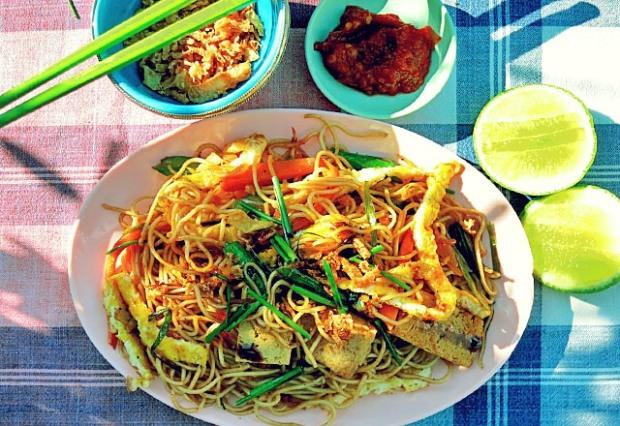 Reste Essen an Bord: Bami Goreng