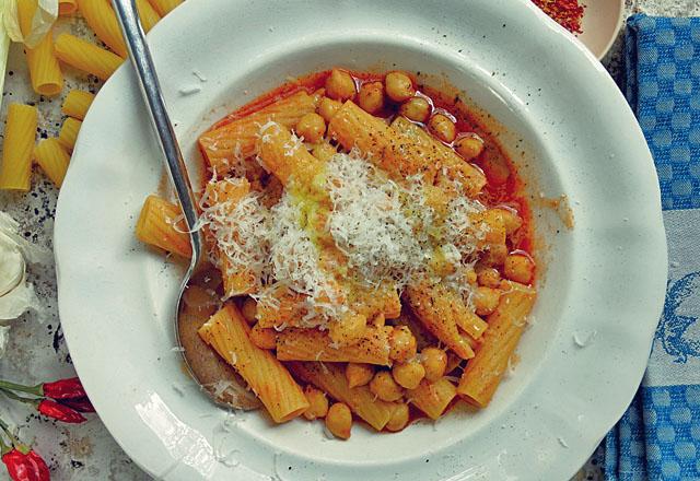 Besser: Pasa e ceci mit Parmesan und Olivenöl