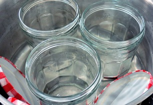 Gurken einlegen, Gläser sterilisieren