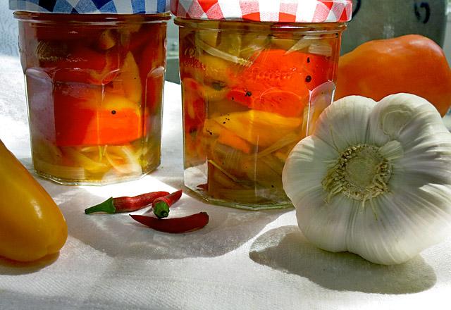 paprika einlegen als antipasti rezept ger stet ohne. Black Bedroom Furniture Sets. Home Design Ideas