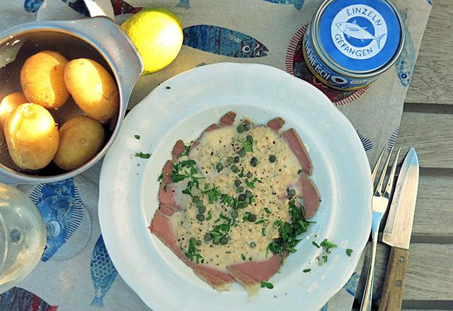 Die See kocht schnelle Thunfischsauce mit Roastbeef