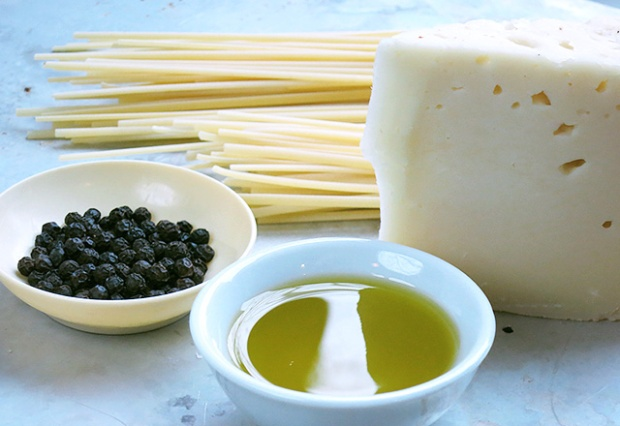 Cacio e Pepe mit Olivenöl