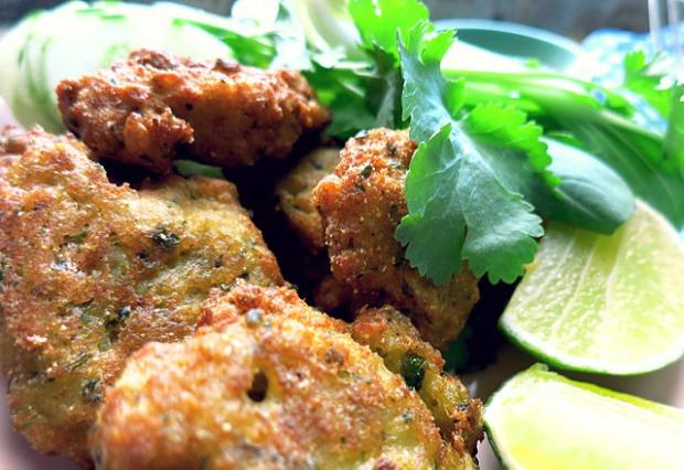 Daenische Fischfrikadellen Thai Style fritiert