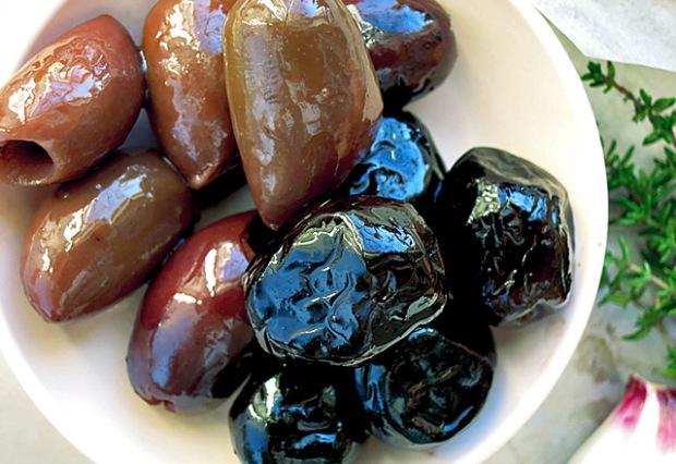 Kalamata und Franzoesiche Oliven