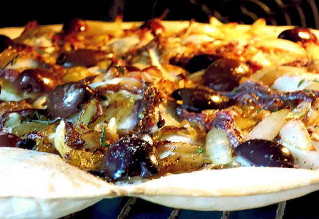 Im Ofen: Flammkuchen Pissaladiere