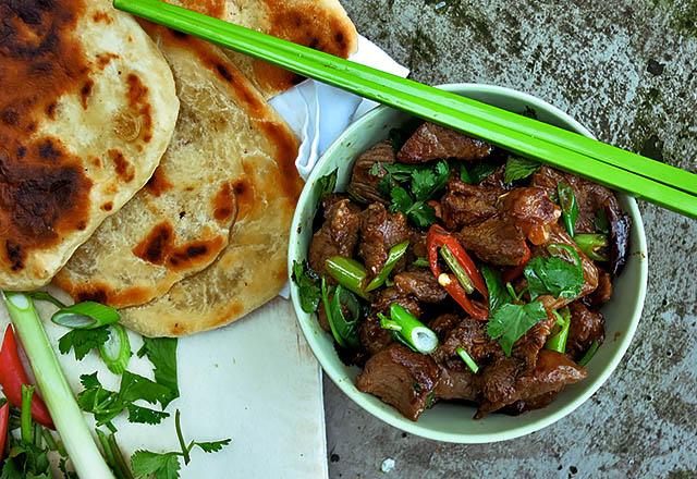Die See kocht Kumin Lamm mit Naan