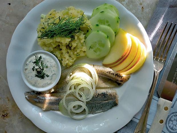 Matjes frisch aus Holland Gurkenstampf