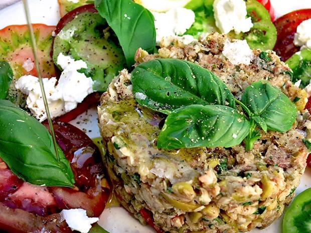 Sardinen Tatar mit Olivenoel