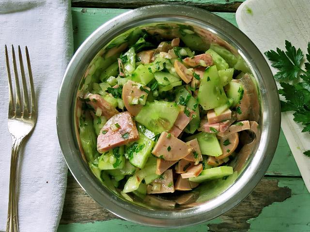 Fleischwurstsalat mit Salatgurke