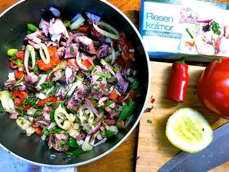 Pulpo Salat mit Zwiebel und Fenchel