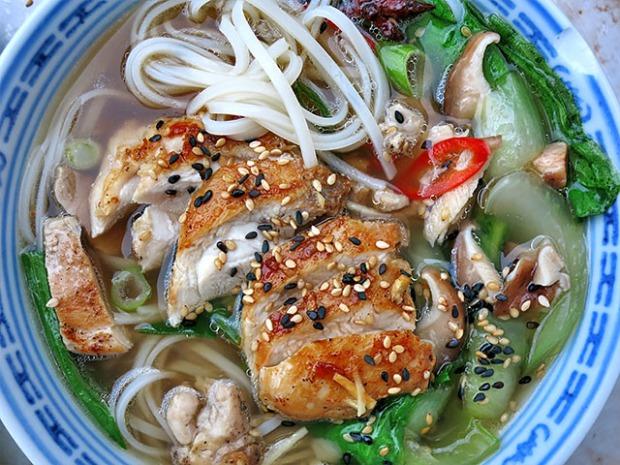 Ingwer Hühner Nudelsuppe Reisnudeln