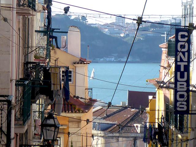Lissabon Chiado View Tejo