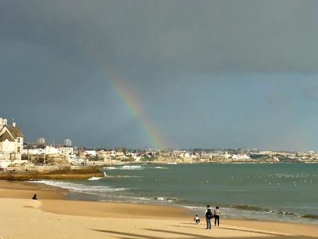 Lissabon Strand Cascais Regenbogen