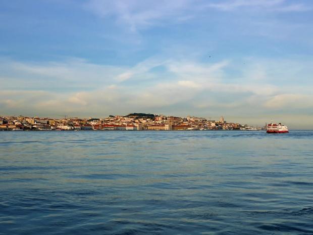 Lissabon von Cacilhas gesehen