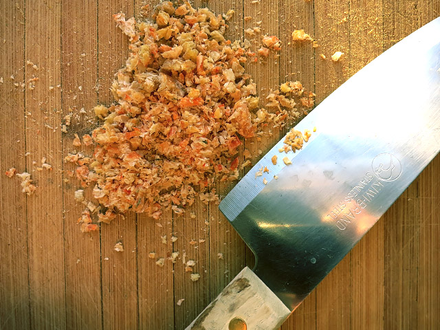 Miang Kham Shrimps hacken für Soße