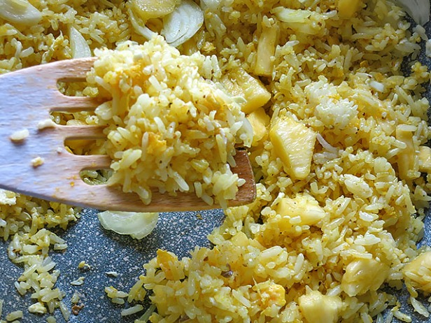 Fried Rice mit Ei und Curry