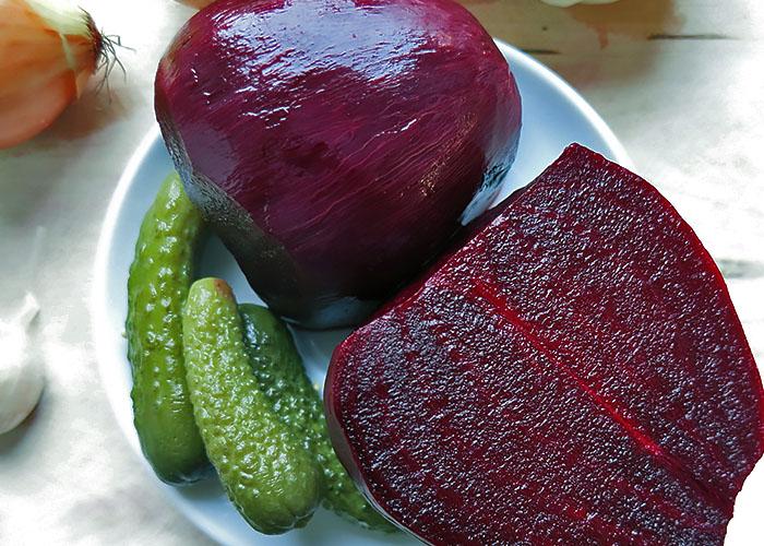 Vorgekochte Rote Bete für Borschtsch