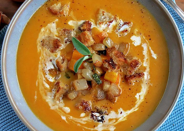 vegetarische Butternut Kürbissuppe