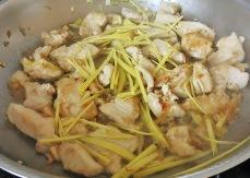 Ingwer Chicken mit Butter anbraten