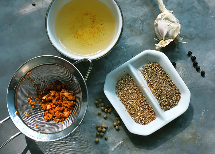 Die Gewürze für Garlic and Pepper Hähnchen