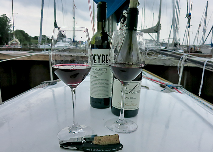Schöne Sommerrotweine AOC Ventoux